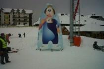 Figura maskote u ski centru Kopaonik