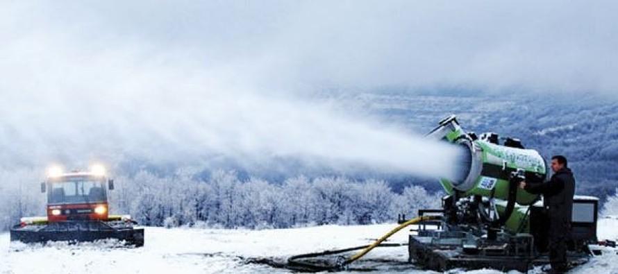 Počela proizvodnja veštačkog snega