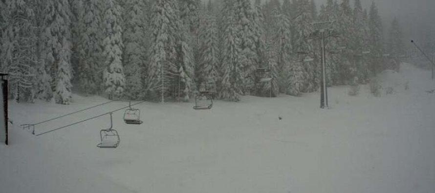 Na Kopaoniku pada sneg