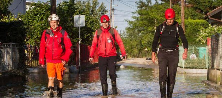Ponos Srbije: GSS evakuisala 1200 ljudi