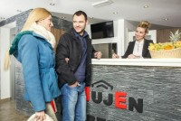 Hotel MujEn Lux traži recepcionera